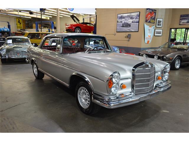 1968 Mercedes-Benz 300SE (CC-1318855) for sale in Huntington Station, New York