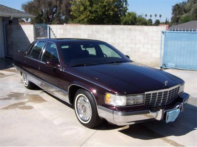 1995 Cadillac Fleetwood (CC-1319770) for sale in Cadillac, Michigan