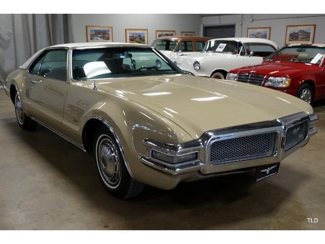 1968 Oldsmobile Toronado (CC-1321105) for sale in Chicago, Illinois