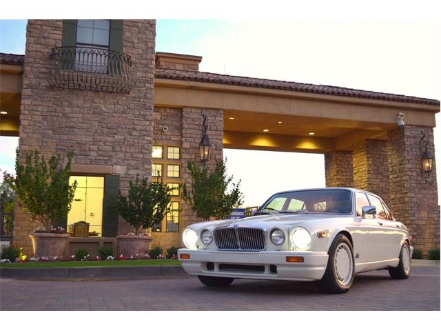 1987 Jaguar XJ12 (CC-1322993) for sale in Chandler , Arizona