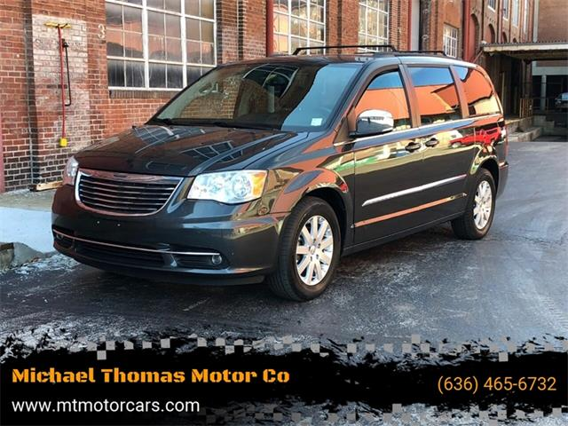 2011 Chrysler Town & Country (CC-1327909) for sale in Saint Charles, Missouri