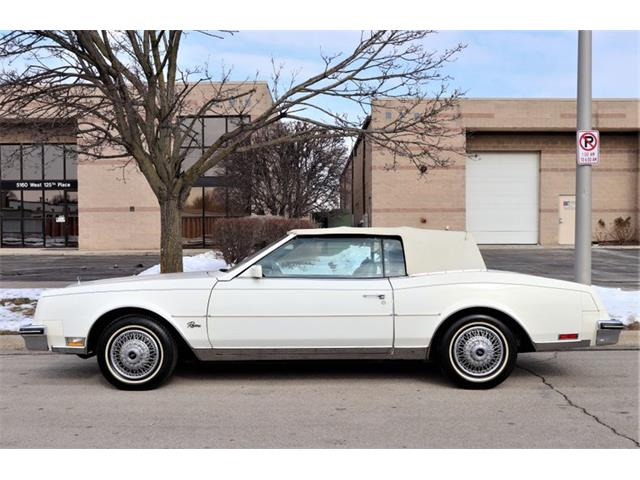 1984 Buick Riviera (CC-1320982) for sale in Alsip, Illinois