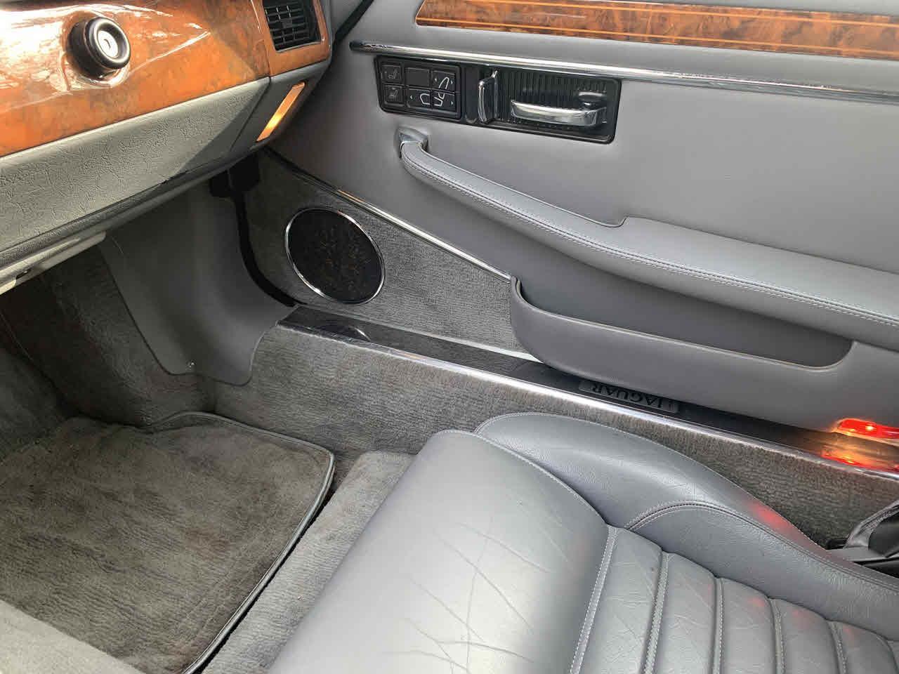 1992 Jaguar XJS (CC-1331997) for sale in Paris, Kentucky