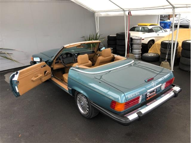 1988 Mercedes-Benz 560 (CC-1332481) for sale in Los Angeles, California