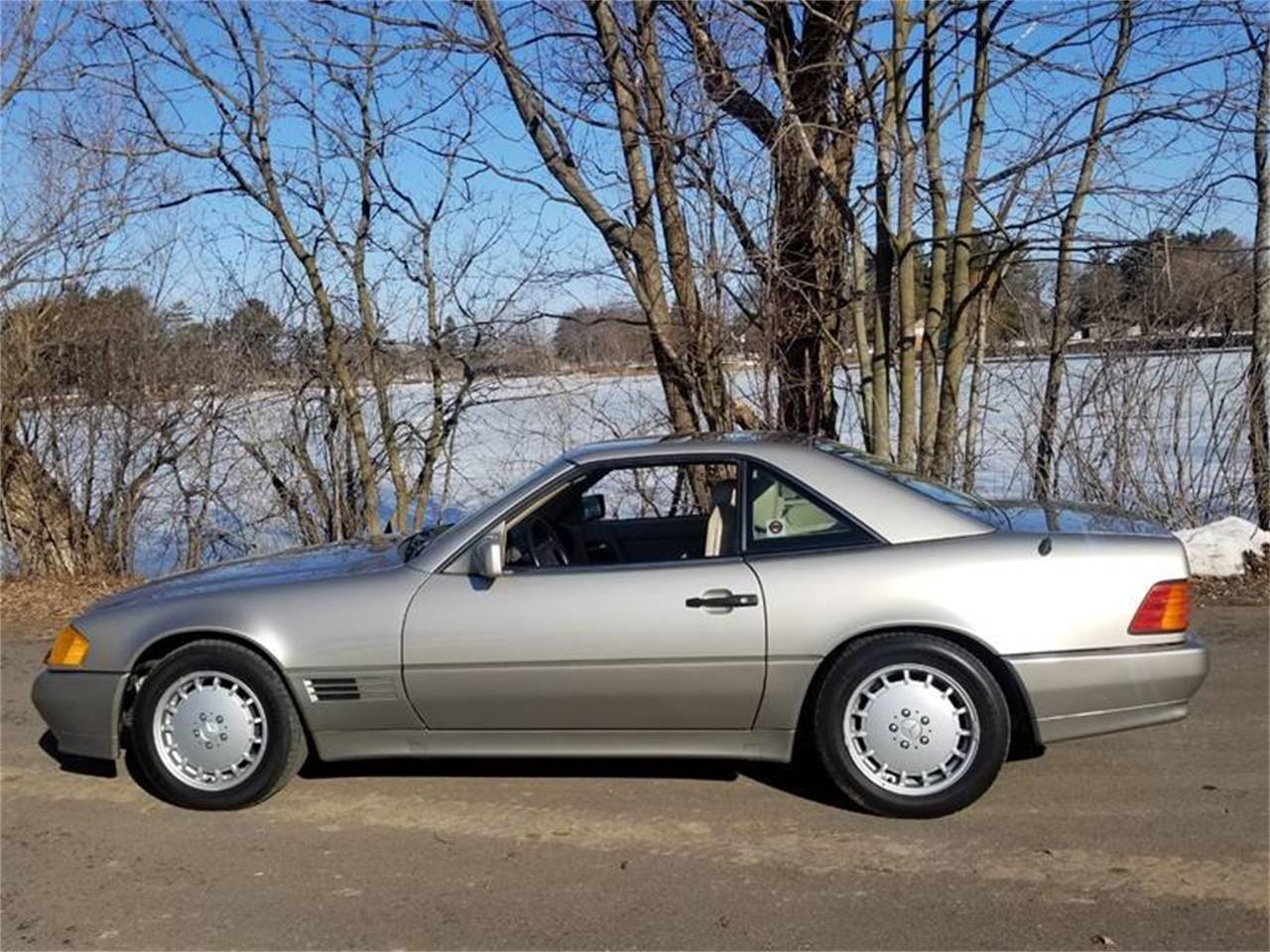 1992 Mercedes-Benz 500 (CC-1334144) for sale in Stanley, Wisconsin