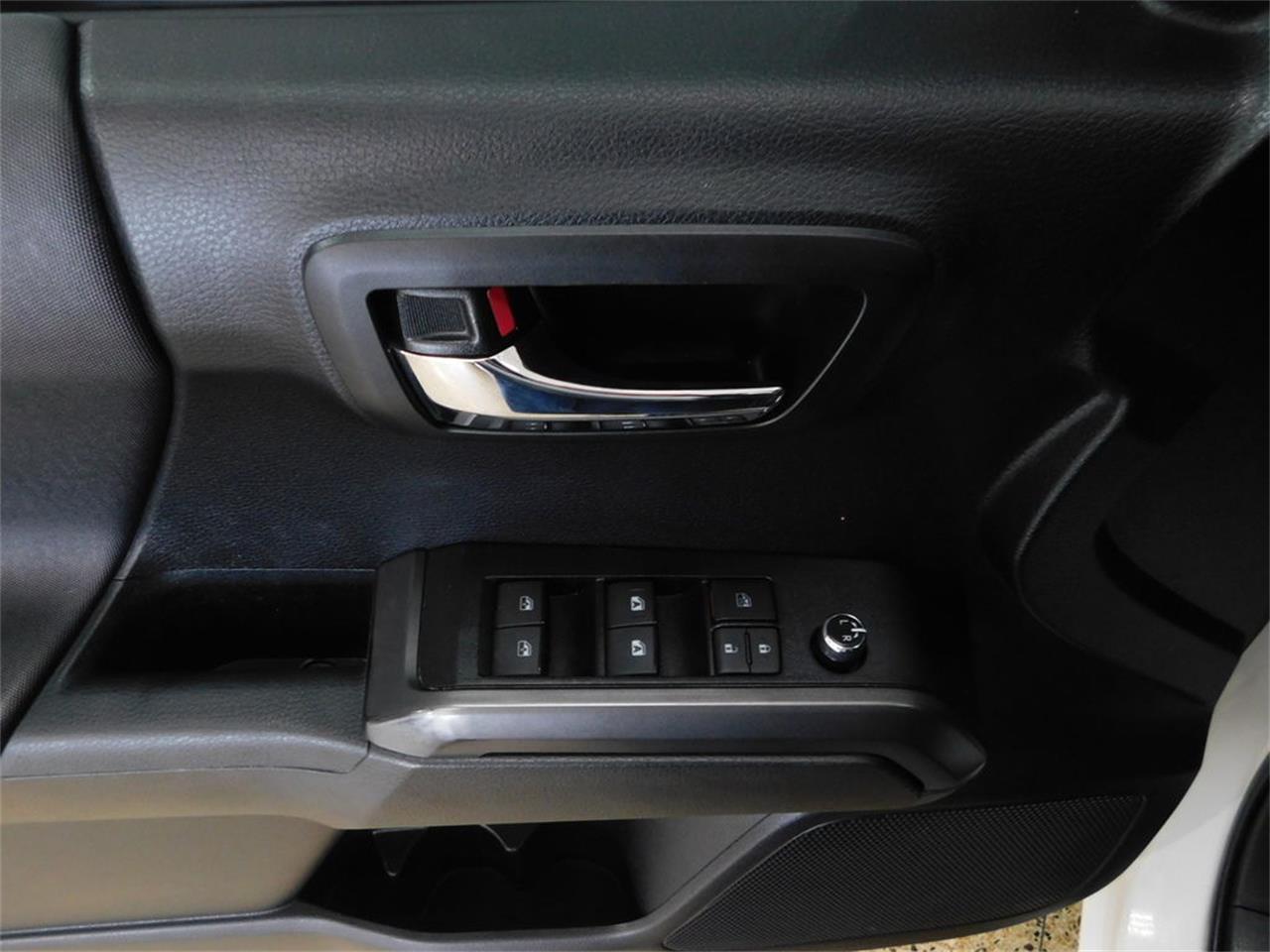 2017 Toyota Tacoma (CC-1334885) for sale in Hamburg, New York