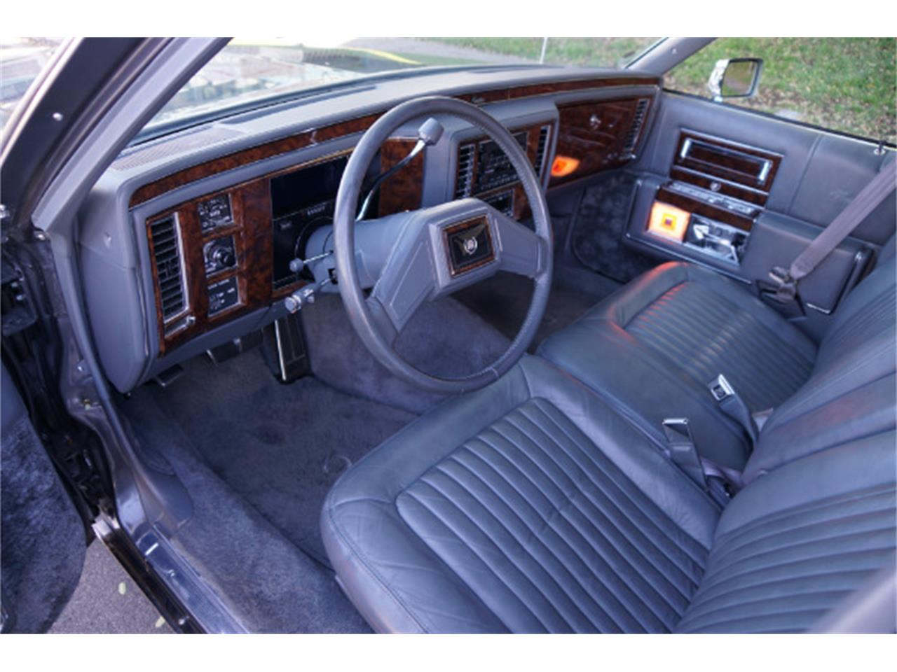 1992 Cadillac Brougham (CC-1335217) for sale in Torrance, California