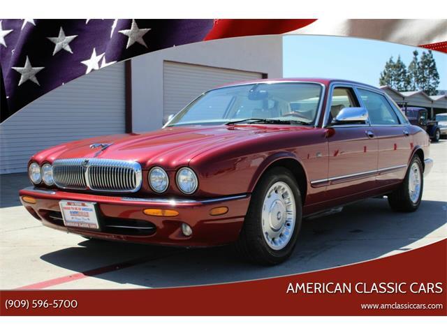 2000 Jaguar XJ (CC-1337408) for sale in La Verne, California