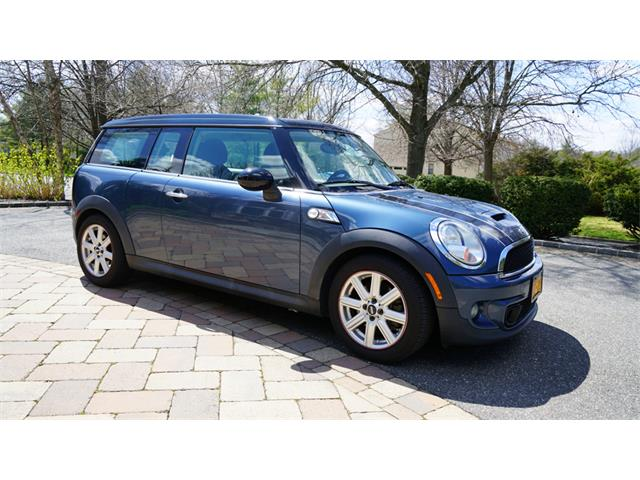 2011 MINI Cooper (CC-1339957) for sale in Old Bethpage , New York