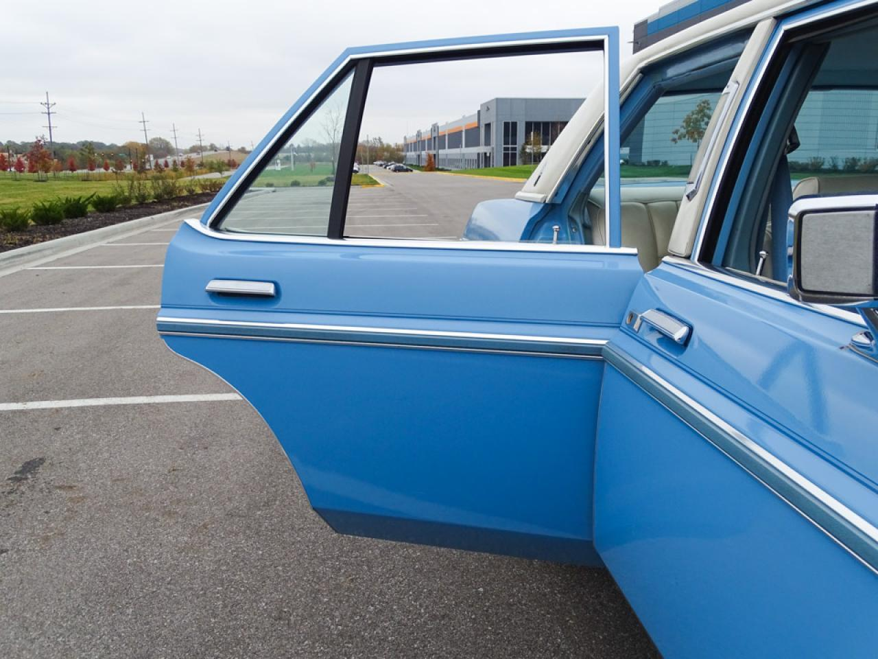 1977 Lincoln Versailles (CC-1341669) for sale in O'Fallon, Illinois
