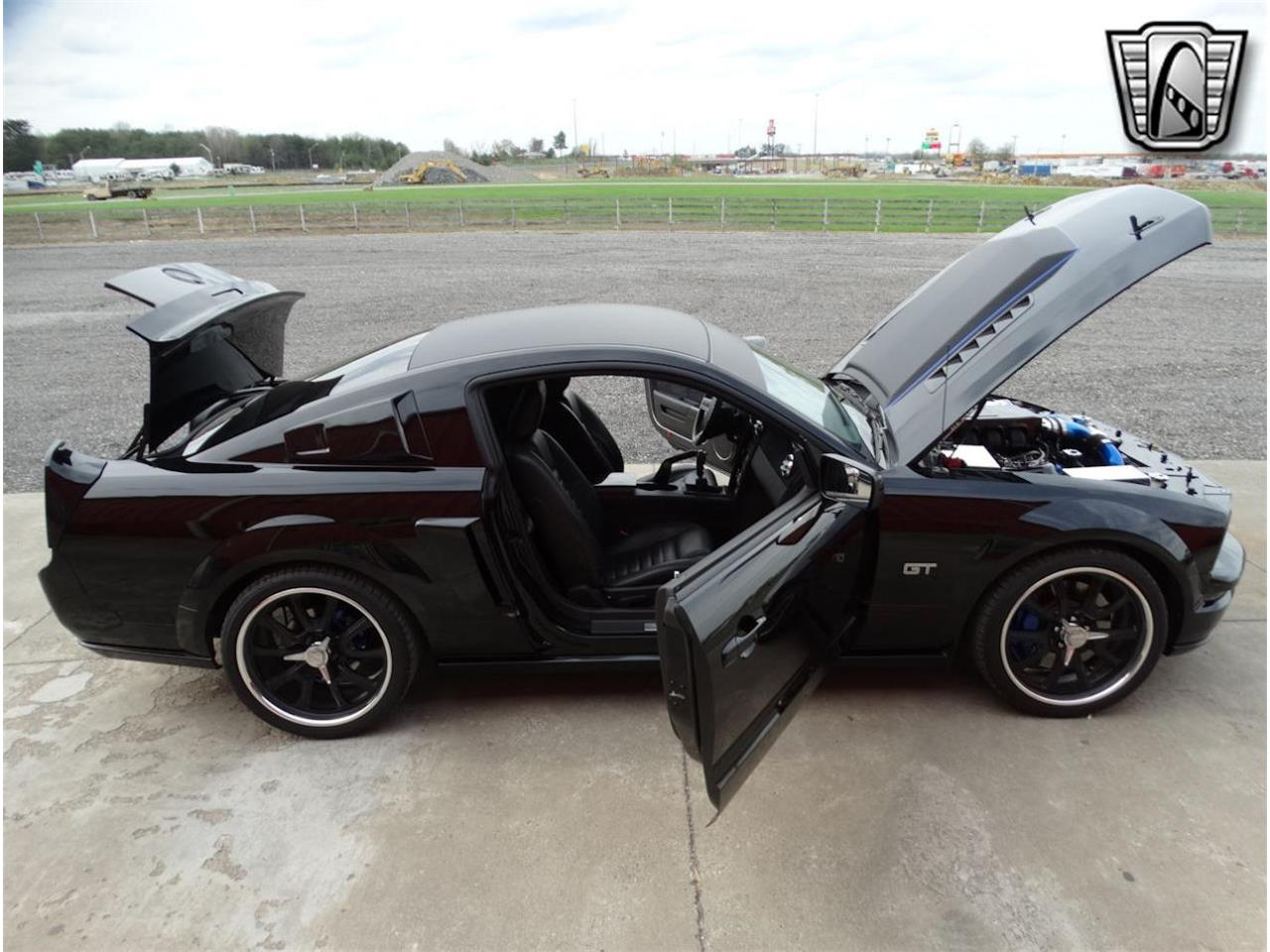 2006 Ford Mustang (CC-1341743) for sale in O'Fallon, Illinois