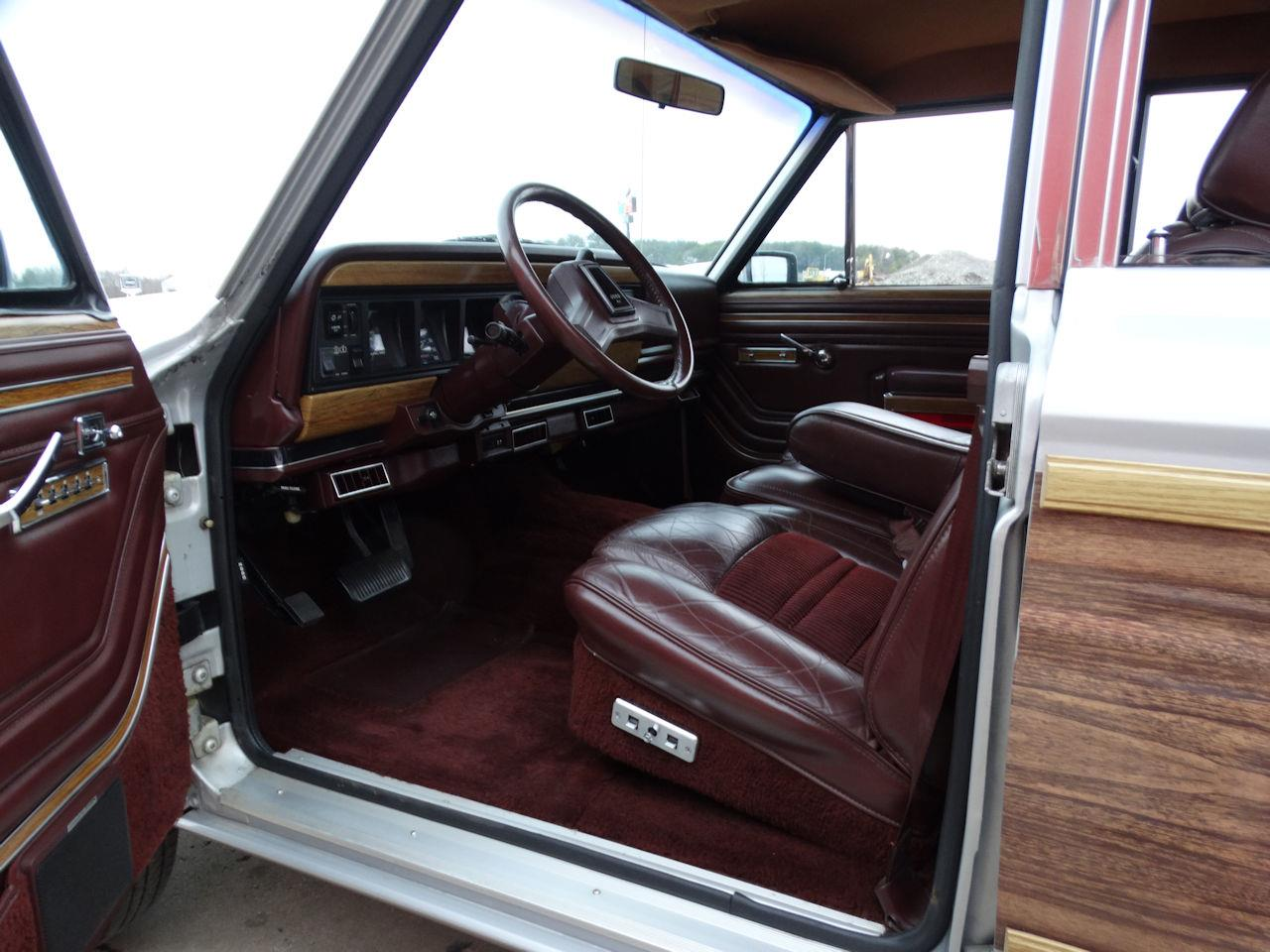 1988 Jeep Grand Wagoneer (CC-1341824) for sale in O'Fallon, Illinois