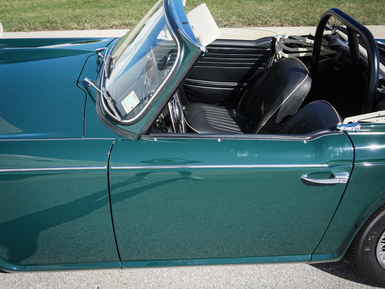 1967 Triumph TR4 (CC-1342017) for sale in O'Fallon, Illinois