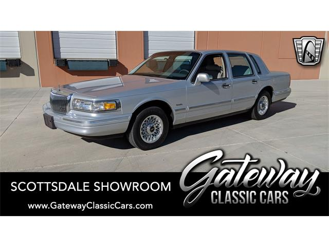 1997 Lincoln Town Car (CC-1342703) for sale in O'Fallon, Illinois