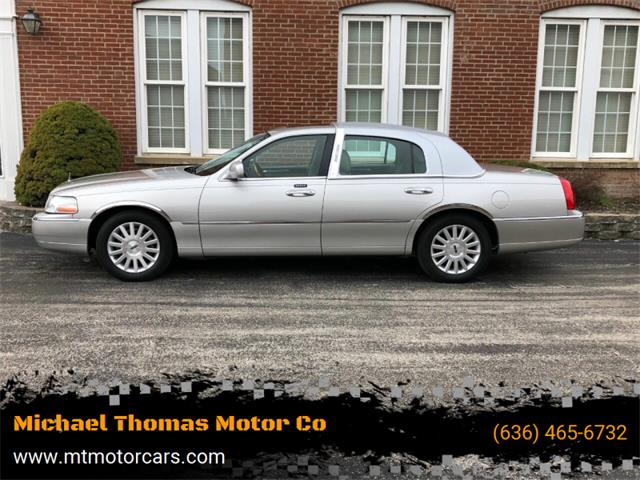 2003 Lincoln Town Car (CC-1343176) for sale in Saint Charles, Missouri