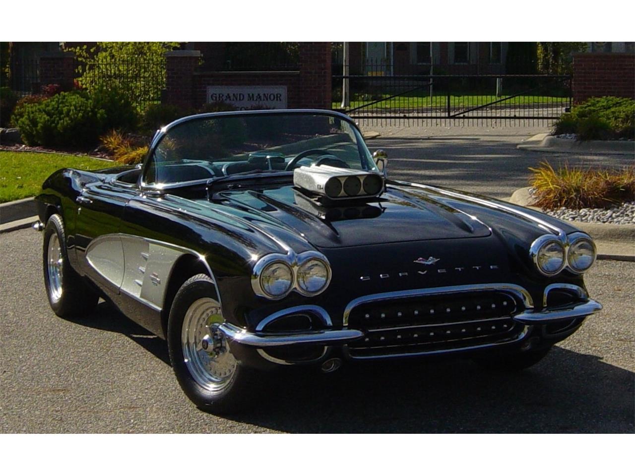 1961 Chevrolet Corvette (CC-1343235) for sale in Lansing, Michigan