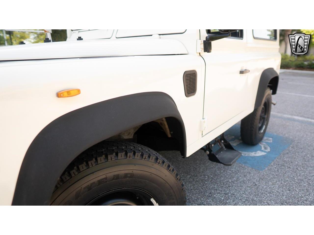 1988 Land Rover Defender (CC-1343628) for sale in O'Fallon, Illinois