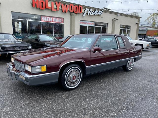 1989 Cadillac Fleetwood (CC-1344170) for sale in West Babylon, New York