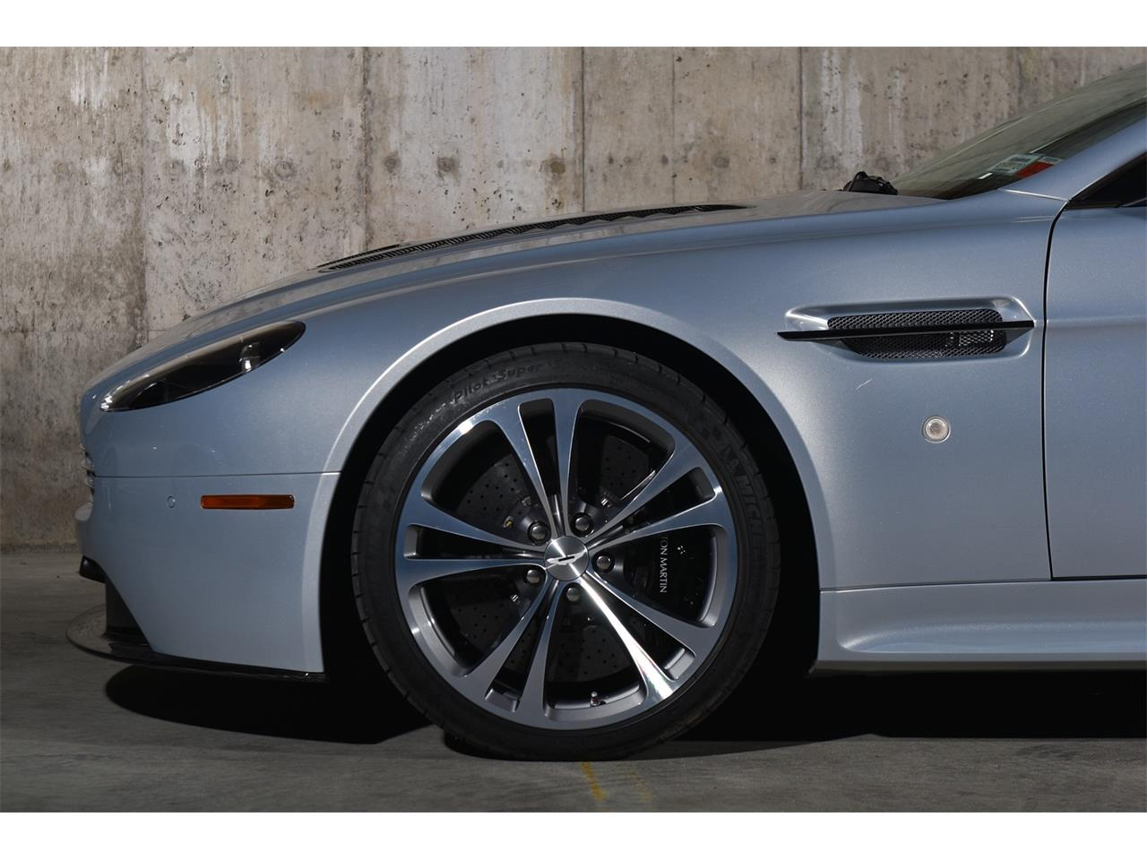 2011 Aston Martin Vantage (CC-1344407) for sale in Valley Stream, New York