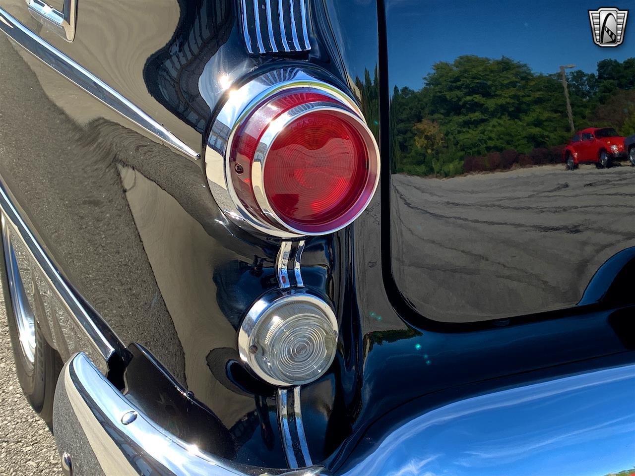 1955 Pontiac Chieftain (CC-1340678) for sale in O'Fallon, Illinois