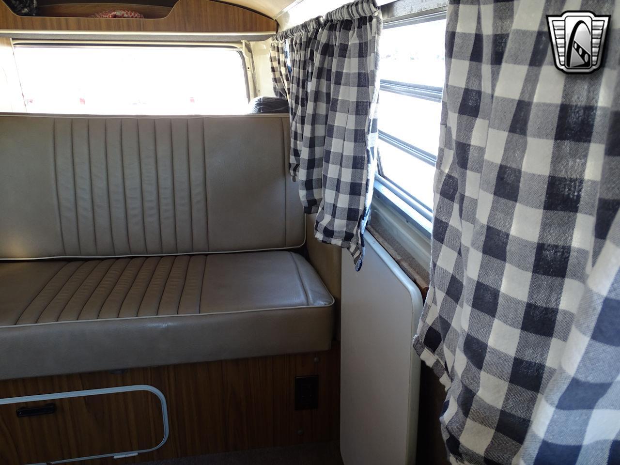 1972 Volkswagen Westfalia Camper (CC-1340717) for sale in O'Fallon, Illinois