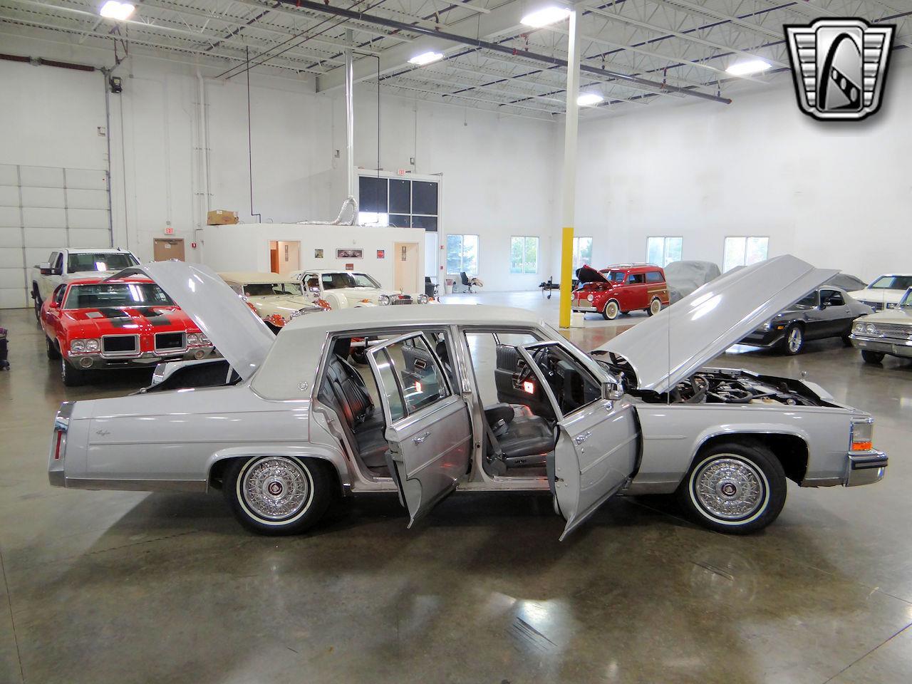 1988 Cadillac Brougham (CC-1340847) for sale in O'Fallon, Illinois