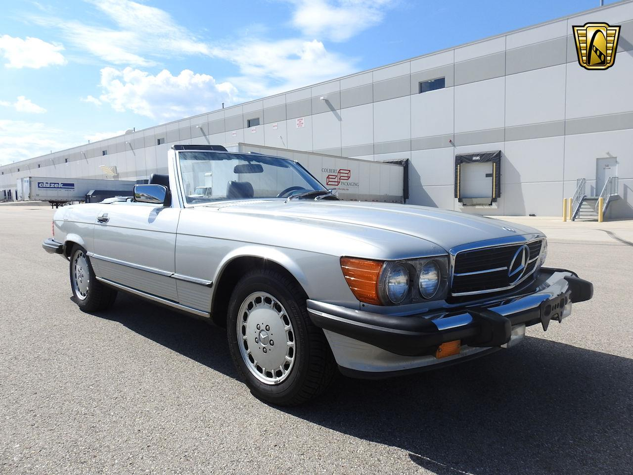 1987 Mercedes-Benz 560SL (CC-1351527) for sale in O'Fallon, Illinois
