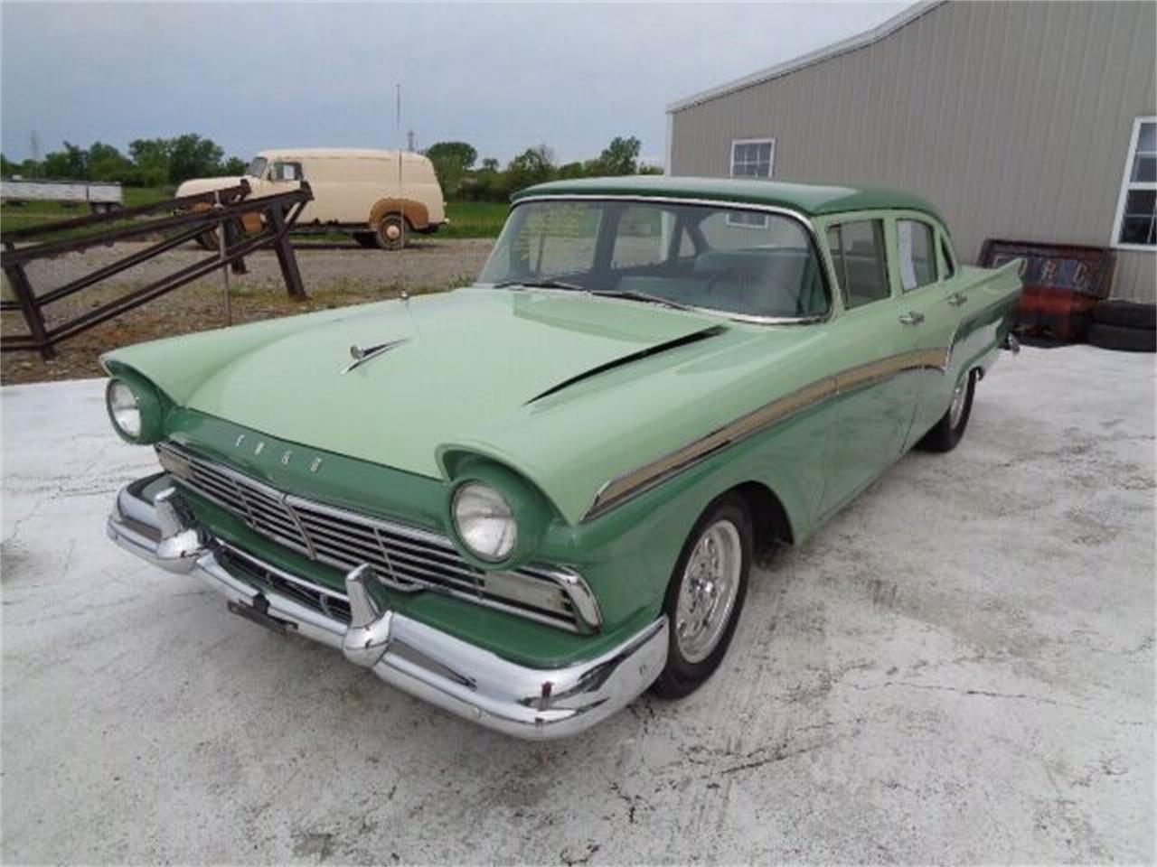 1957 Ford Custom 300 (CC-1351837) for sale in Staunton, Illinois