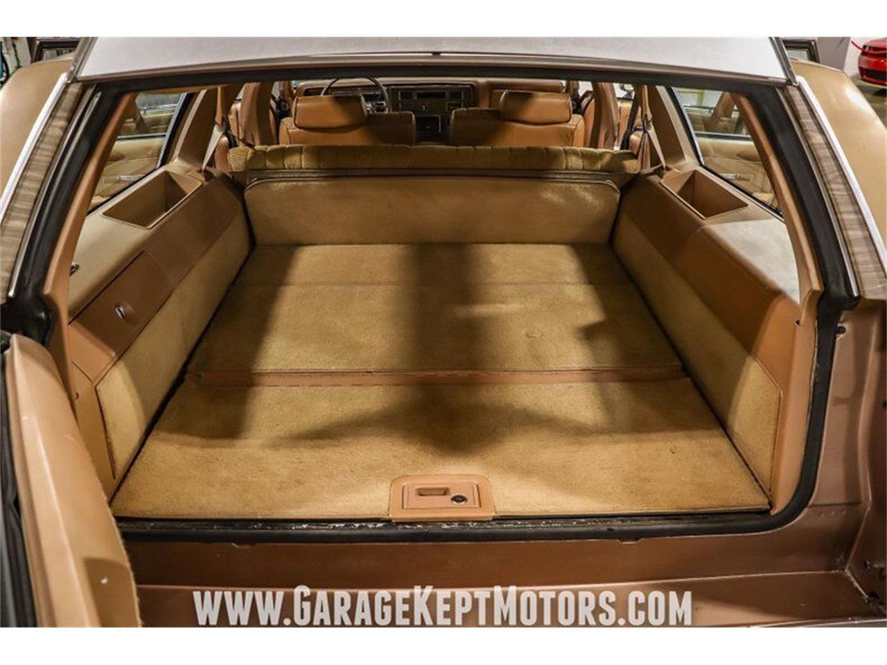 1990 Oldsmobile Custom Cruiser (CC-1352640) for sale in Grand Rapids, Michigan