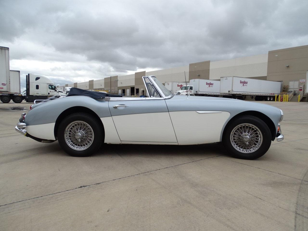 1967 Austin-Healey 3000 (CC-1353203) for sale in O'Fallon, Illinois
