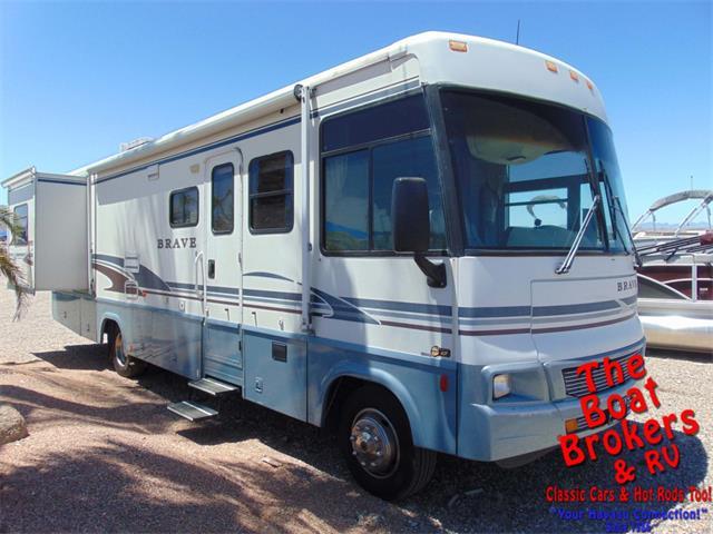 2004 Winnebago Recreational Vehicle (CC-1353238) for sale in Lake Havasu, Arizona