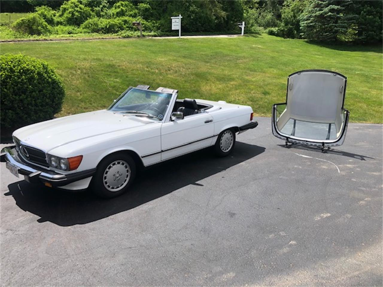 1989 Mercedes-Benz 560SL (CC-1353927) for sale in Wayland, Massachusetts