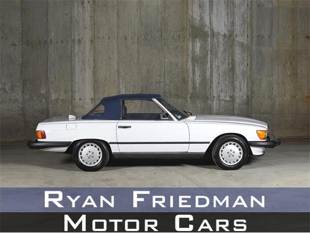 1987 Mercedes-Benz 560 (CC-1354529) for sale in Valley Stream, New York