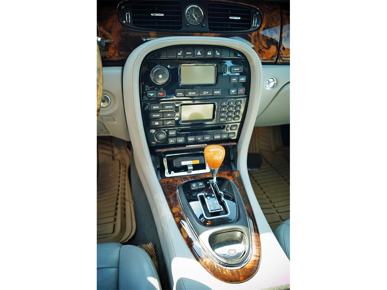 2004 Jaguar XJ8 (CC-1355206) for sale in Canton, Ohio
