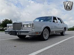 1986 Lincoln Town Car (CC-1355999) for sale in O'Fallon, Illinois
