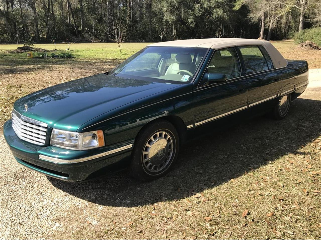 1999 Cadillac Brougham d'Elegance (CC-1356009) for sale in Hammond, Louisiana