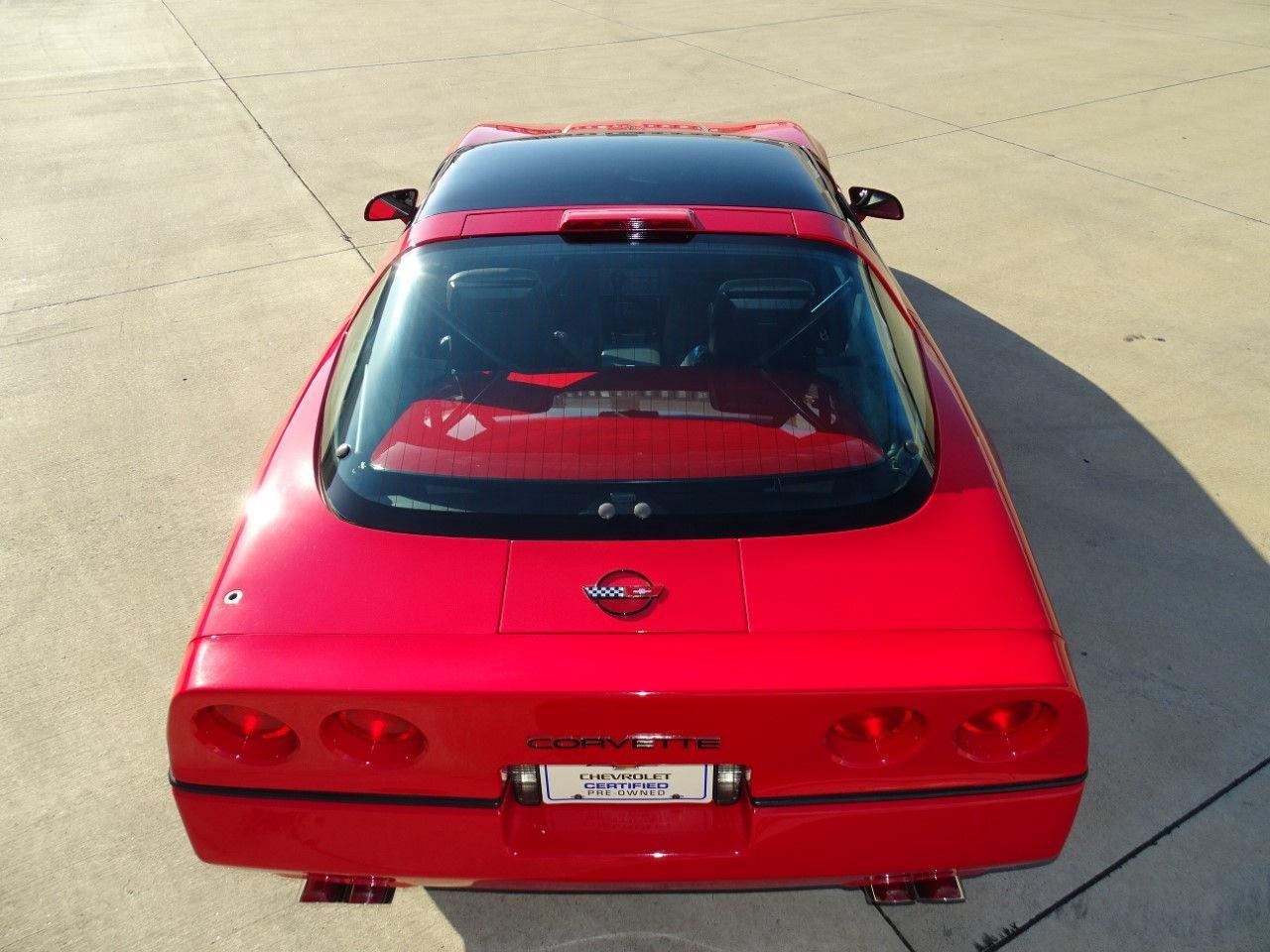 Corvette C4 (1984-1996)  20808681-1986-chevrolet-corvette-std