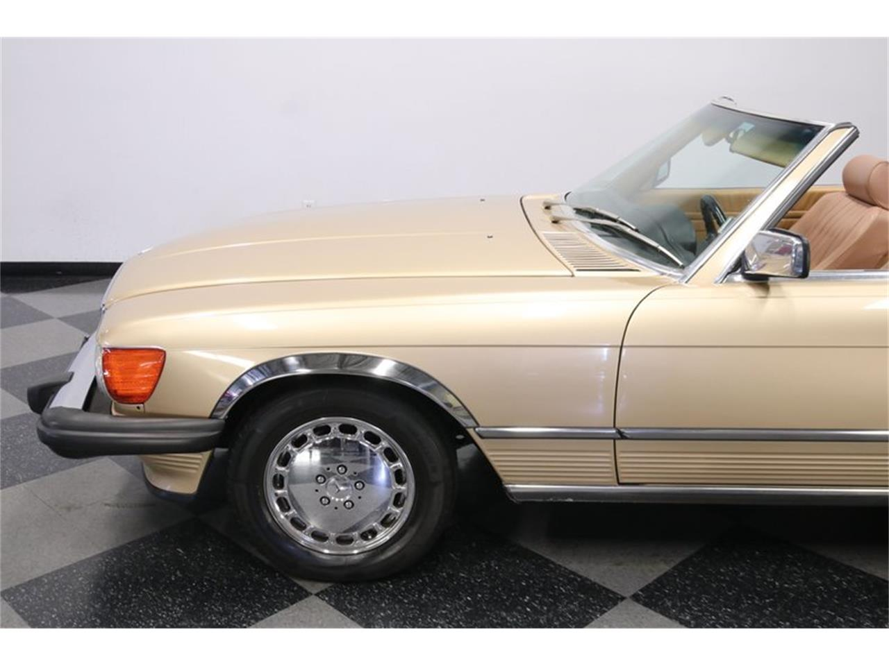 1986 Mercedes-Benz 560SL (CC-1356370) for sale in Lutz, Florida