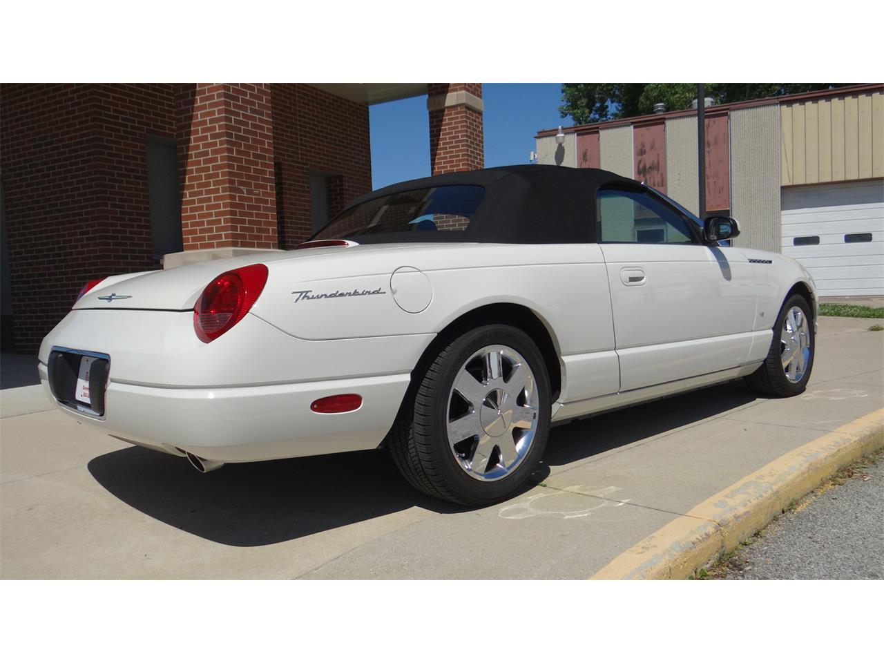 2003 Ford Thunderbird (CC-1357302) for sale in Davenport, Iowa