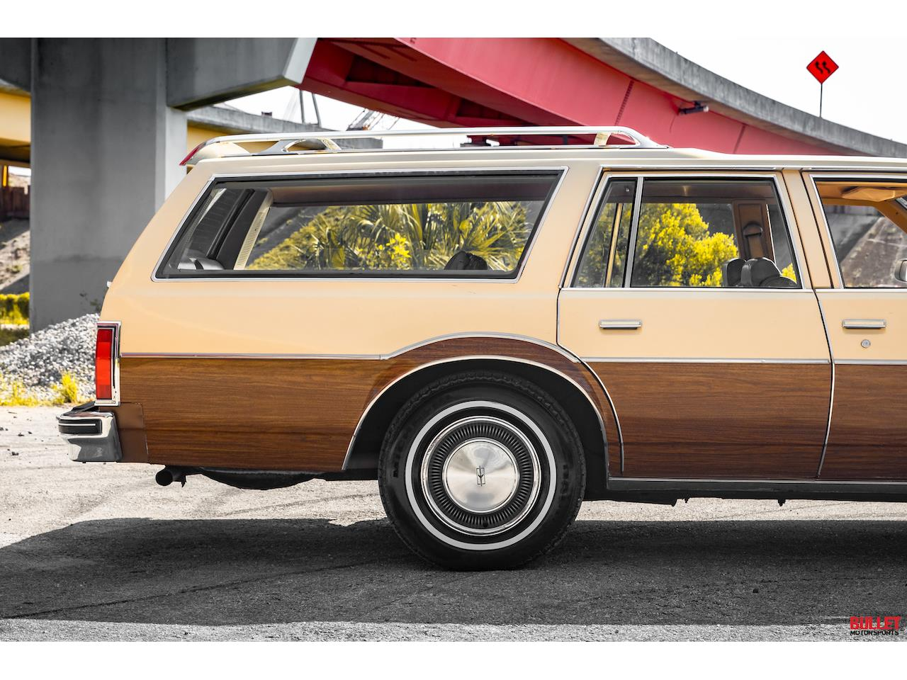 1977 Oldsmobile Custom Cruiser (CC-1359518) for sale in Fort Lauderdale, Florida