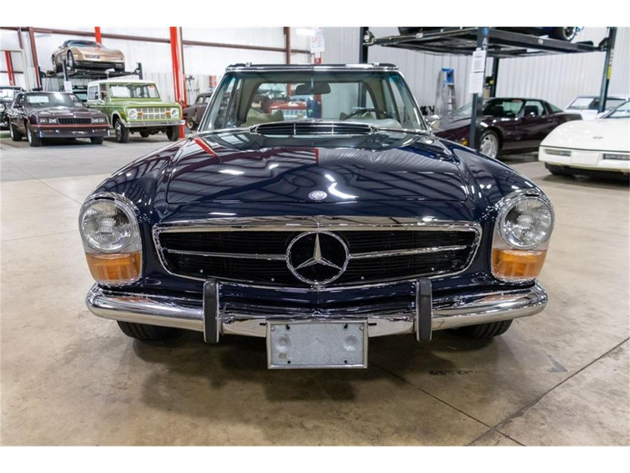 1971 Mercedes-Benz 280SL (CC-1361242) for sale in Kentwood, Michigan