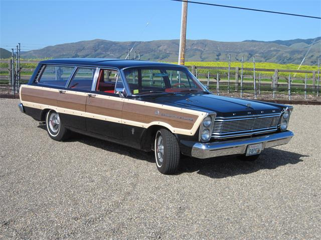 1965 Ford Country Squire (CC-1360276) for sale in San Luis Obispo, California