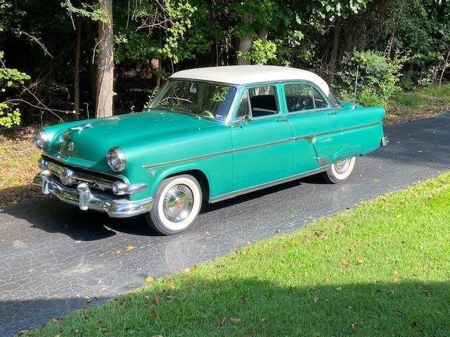 1954 Ford Crestline (CC-1363217) for sale in Youngville, North Carolina