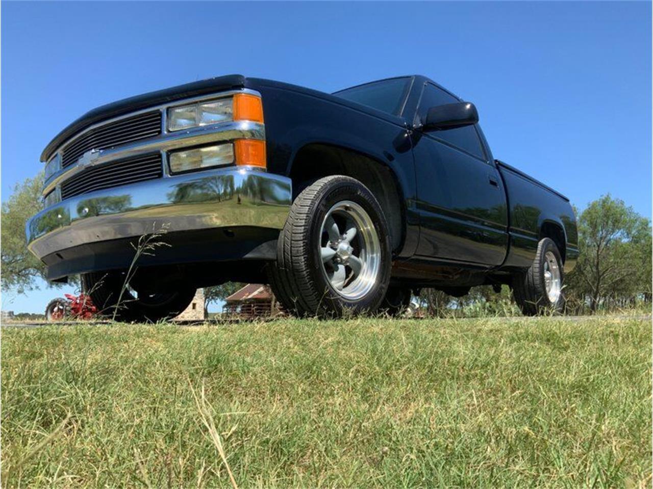 1991 Chevrolet C/K 1500 (CC-1366094) for sale in Fredericksburg, Texas