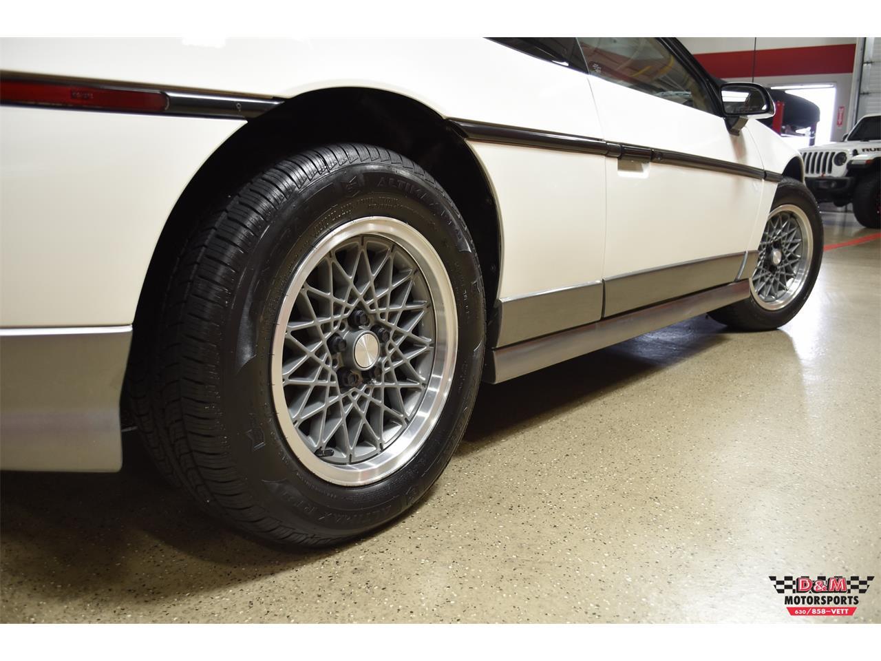 1987 Pontiac Fiero (CC-1366174) for sale in Glen Ellyn, Illinois