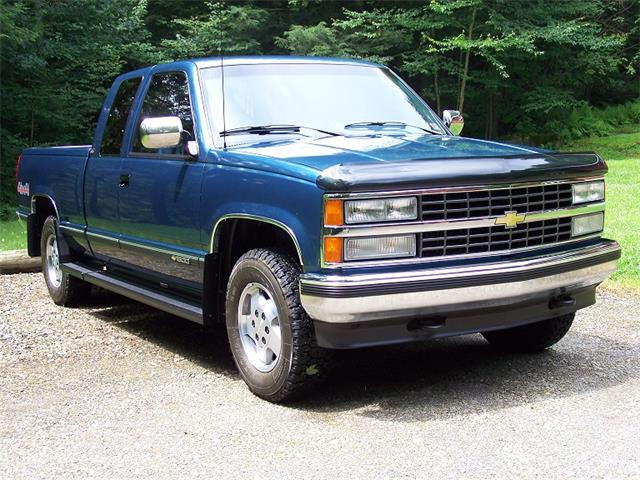 1992 Chevrolet Silverado (CC-1360825) for sale in Irvine, Pennsylvania
