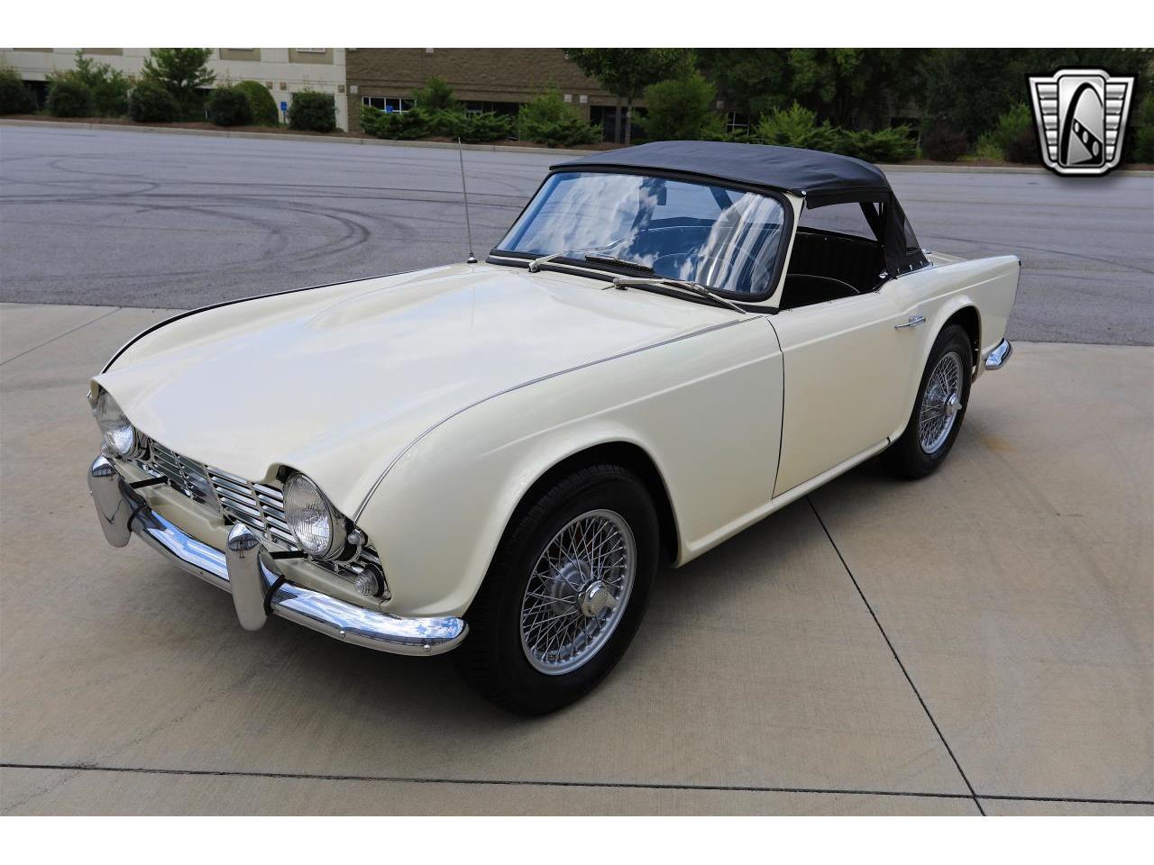1965 Triumph TR4 (CC-1373692) for sale in O'Fallon, Illinois