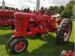 1954 International Tractor (CC-1373930) for sale in Mankato, Minnesota