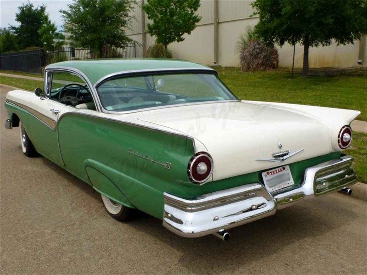 1957 Ford Fairlane 500 (CC-1374927) for sale in Arlington, Texas