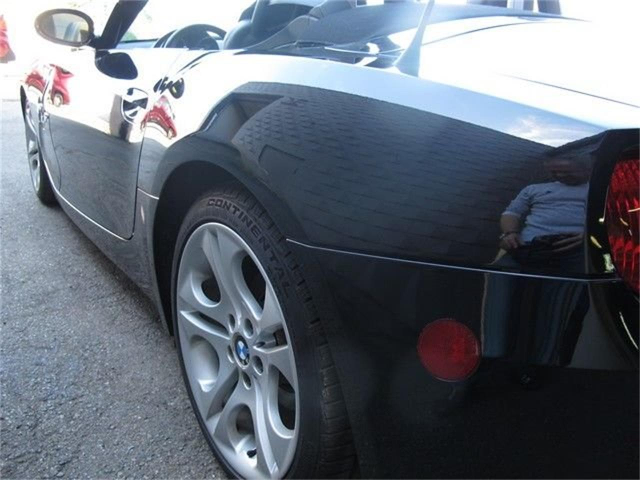 2005 BMW Z4 (CC-1375025) for sale in Troy, Michigan